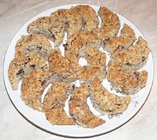 prajituri, retete prajituri, deserturi, dulciuri, retete culinare, reteta prajitura, prajitura semiluna reteta originala,