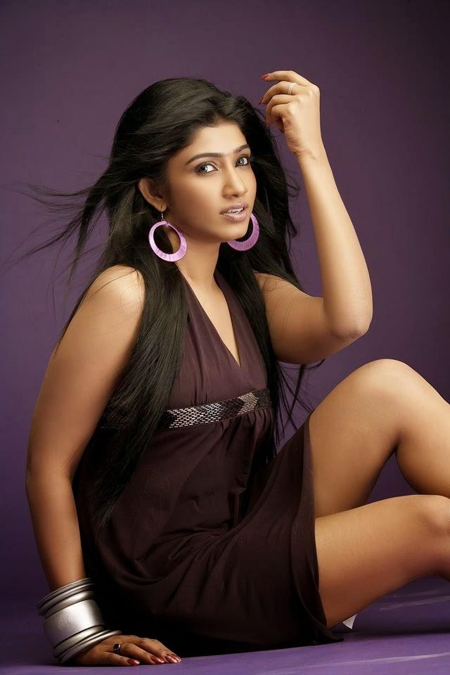 Hot sri lankan tamil teen exposes her delicious body - 1 5