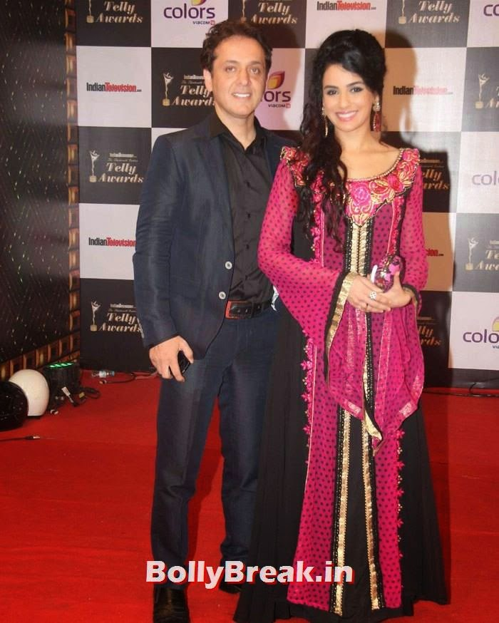 Arfeen Khan, Sara Khan, Pics on Red Carpet of 13th Indian Telly Awards 2014