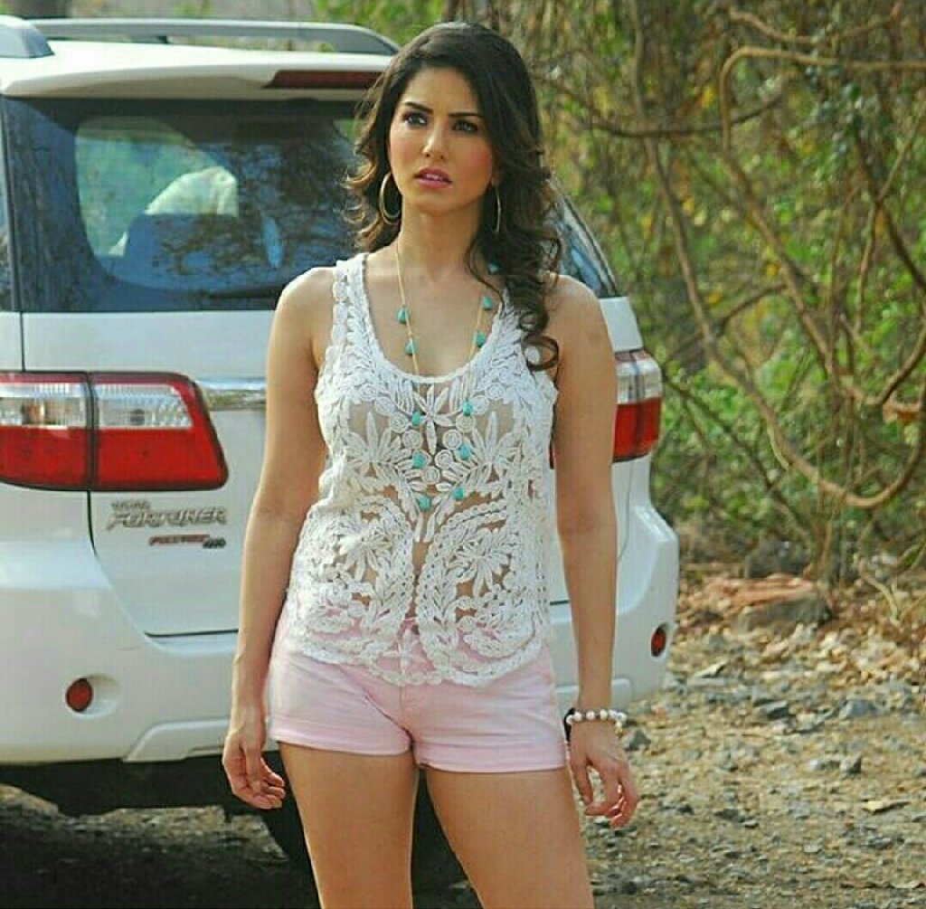 Top 50 Sunny Leone Sexy Photos 2016 - Bollywood News Hindi-2876