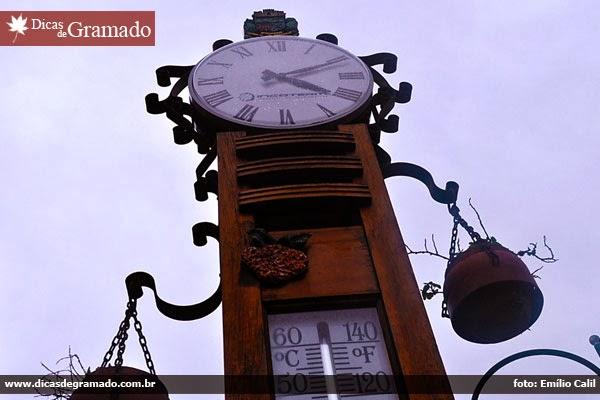 Relógio na Av. Borges de Medeiros
