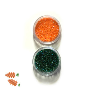 Delica beads available to make your own beaded carrot charms. Bead Crumbs, Etsy.