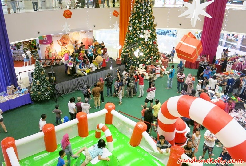 Upin & Ipin, mascot, Upin & Ipin mascots, christmas deco, christmas in the mall, Bloggers' Day Out @ Klang Parade, Klang Parade, Shopping Mall