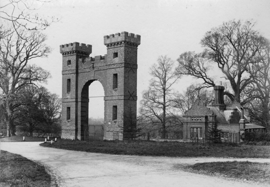 Photograph of Folly Arch, built about 1740 may have been designed by the famous architect James Gibb (1682-1754)