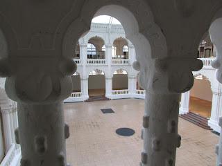 Interior Museo Artes Aplicadas 1