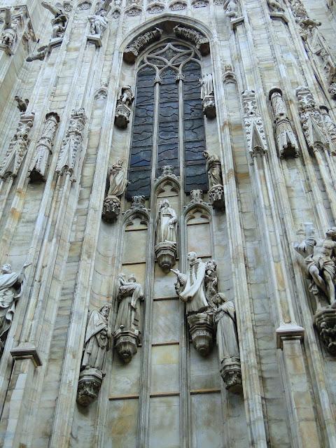 Detalhes das colunas da Catedral Duomo