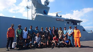 Kapal Nelayan Terbakar dan Tenggelam di Tengah Laut Aceh