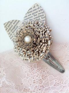 jepit rambut atau bross cantik dari koran bekas