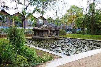 Paris : Demeure 10, une sculpture monumentale d'Etienne-Martin - Parc de Bercy, jardin Yitzhak Rabin - XIIème