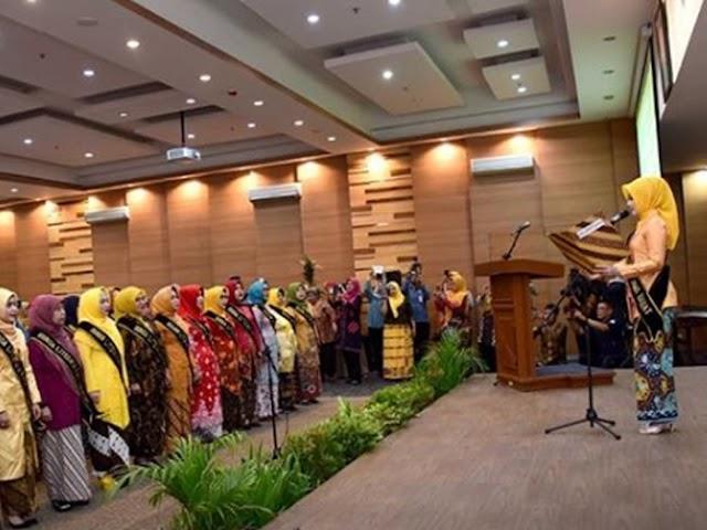 Atalia Kamil Dikukuhkan sebagai Bunda Literasi Jawa Barat