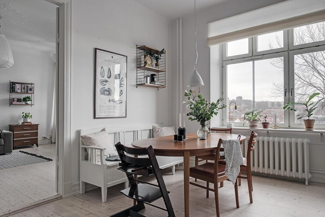 d couvrir l 39 endroit du d cor un mur vert kaki clair. Black Bedroom Furniture Sets. Home Design Ideas