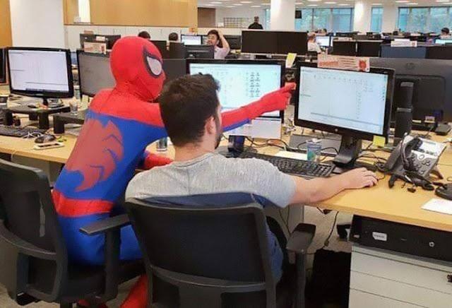 Bancário Homem Aranha2