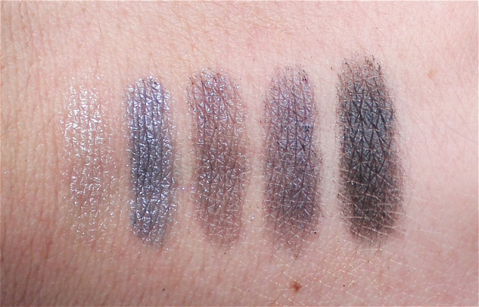 mac bleuluxe veluxe pearlfusion shadow swatch
