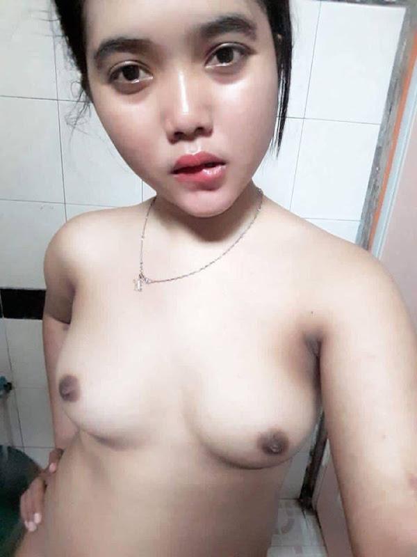 abg bugil selfie di kamar mandi 02