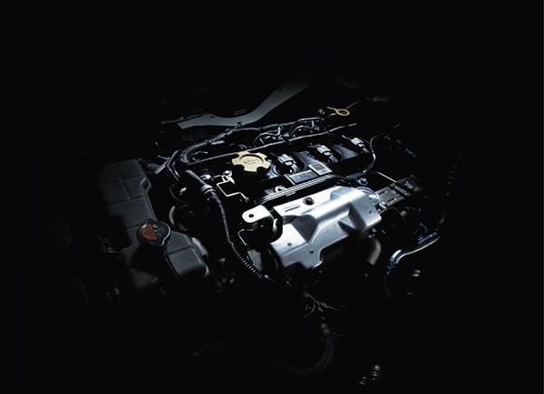 NV350 chỉ sử dụng 1 loại động cơ Diesel YD25DDTi 2.5 lít