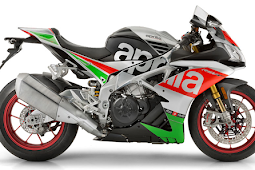 2017 Aprilia RSV4 RF and Tuono V4 1100 First Look Review