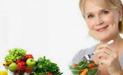 5 Nutrisi yang Diperlukan Wanita Seiring dengan Berkurangnya Usia