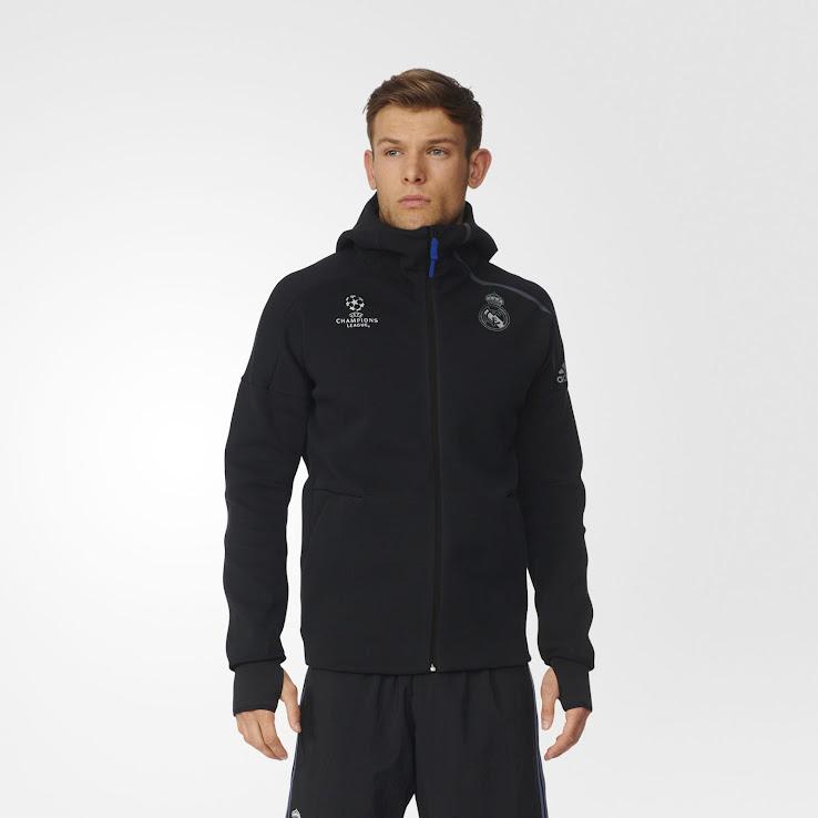 El Real Madrid se viste a la moda con su nueva chaqueta Anthem cb4e63abb5d2e