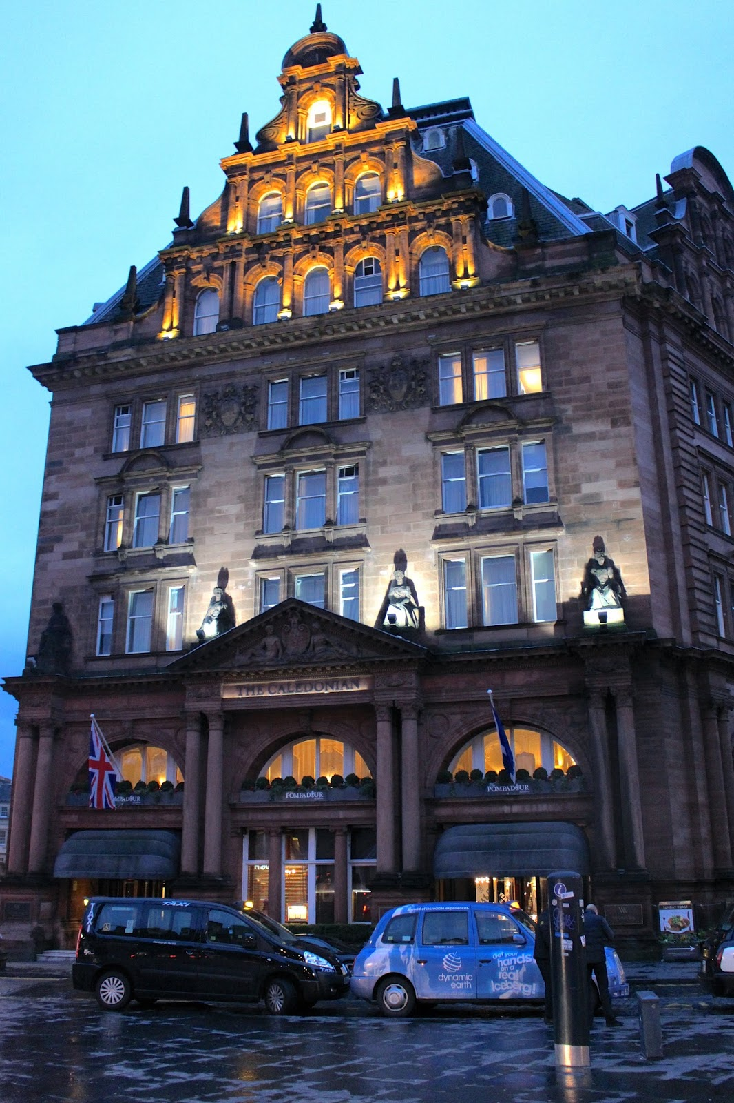 waldorf astoria the caledonian by night