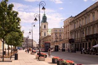 """Ταξίδι στη """"γκρίζα"""" πρωτεύουσα της Πολωνίας"""
