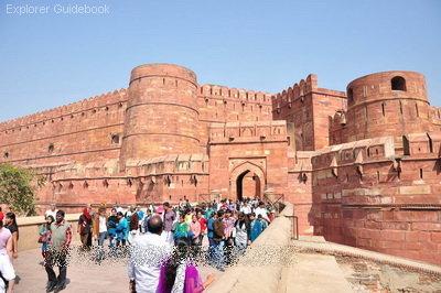 Agra Fort tempat wisata terkenal di India