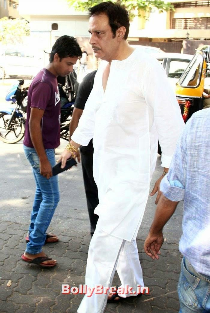 Celebs Visit Ravi Chopra's Funeral, Celebs Visit Ravi Chopra's Funeral