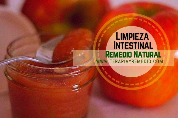Remedio natural de compota de manzana para la limpieza intestinal