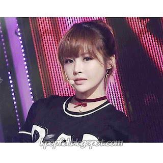 Foto Jeon Boram T-ara Sedang Konser di Panggung