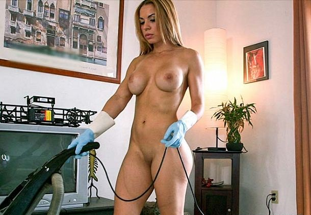 Kylie Rogue - Latina maid banged after cleaning
