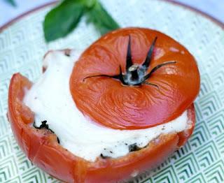 Baked mozzarella tomatoes