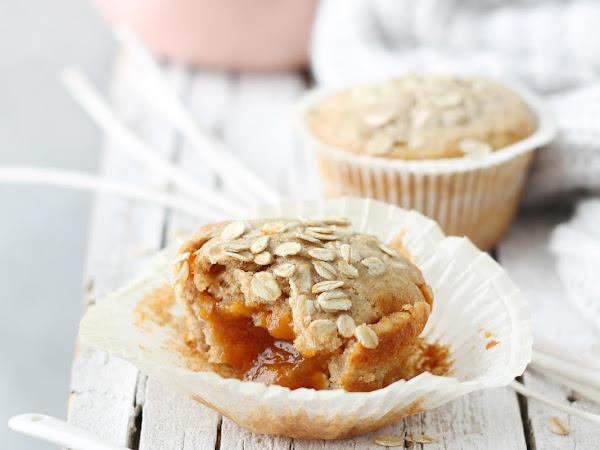 Muffin integrali all'avena con cuore di confettura