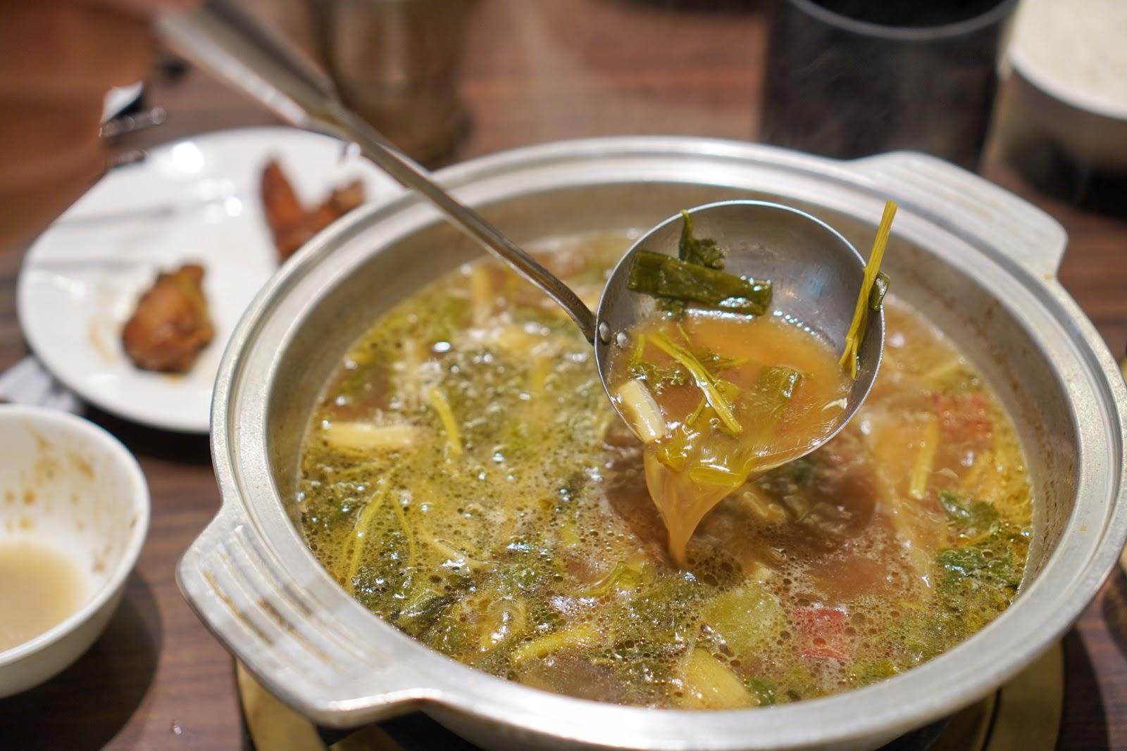 台南東區美食【廚房有雞花雕雞】正宗花雕雞第三吃