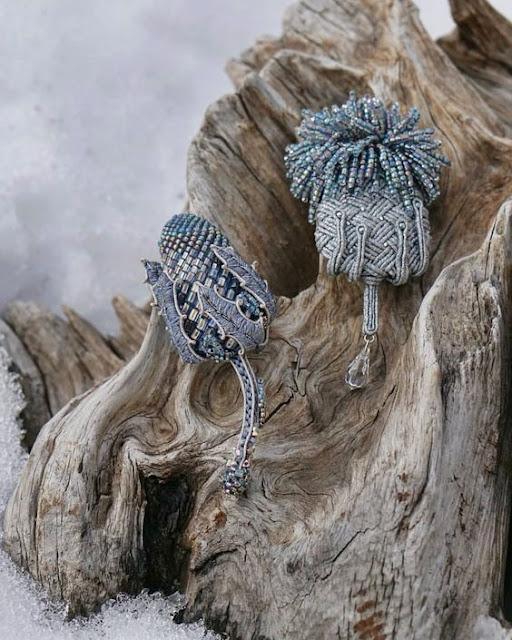 koralikowe brosze