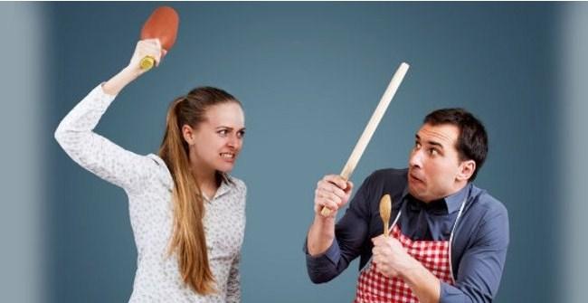 Ini Lima Tanda Suami Yang Sangat Takut pada Istri