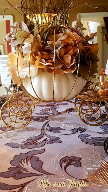 tablescape-decorate-decor-vignette-fall-pumpkin