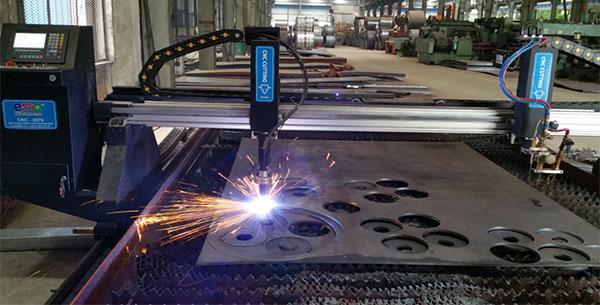 Máy cắt bản mã CNC Plasma