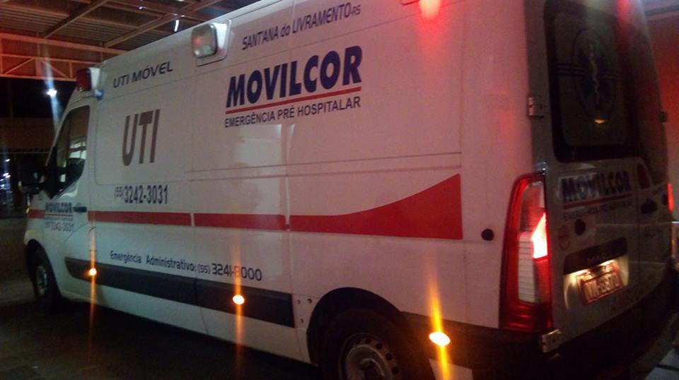 Ambulância chegou na madrugada desta segunda para transferir idoso de  Santiago para Uruguaiana   Rafael Nemitz