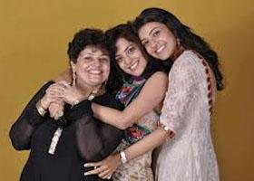 kajal-agarwal-mother-sister-photos
