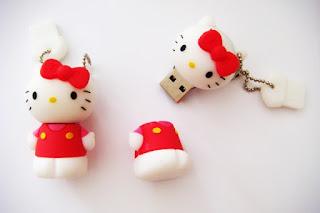 Gambar Flashdisk Berkarakter Hello Kitty Merah