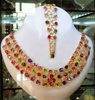 Jewelry with multi color gems