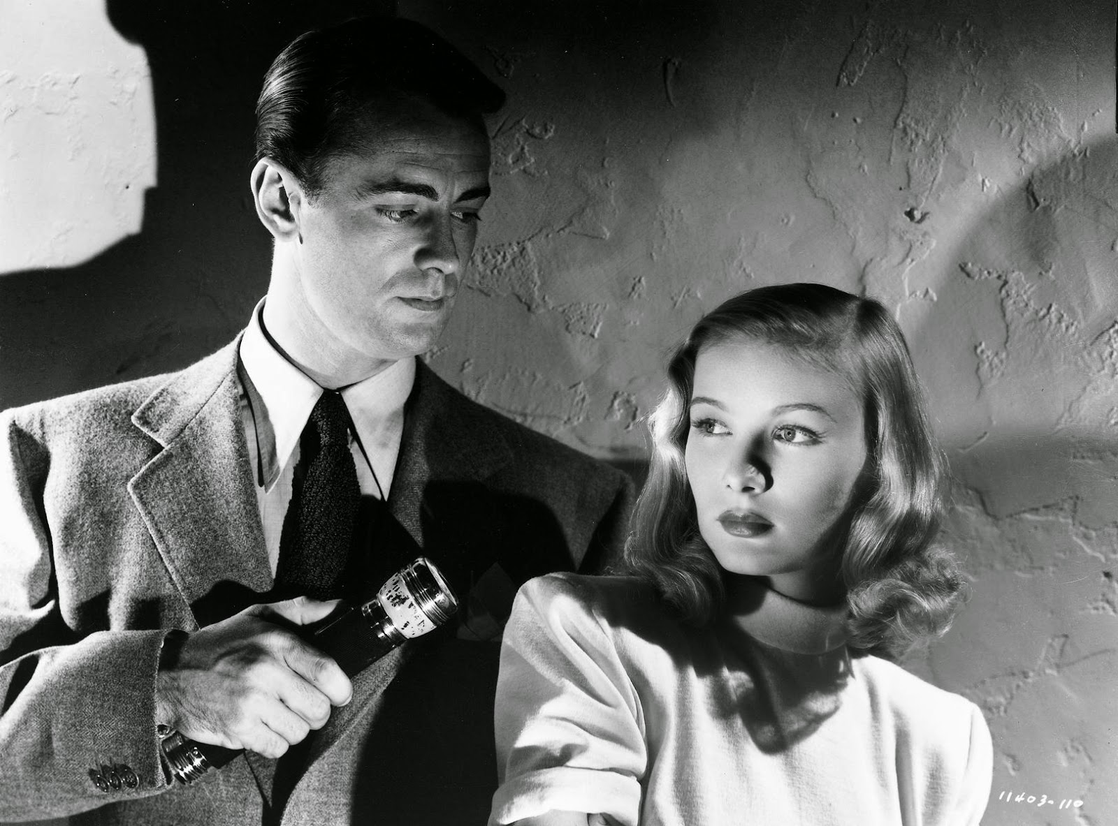Alan Ladd Veronica Lake The Blue Dahlia 1946