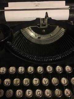 1935 Portable Underwood Typewriter