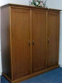 gambar lemari 3 pintu kayu jati