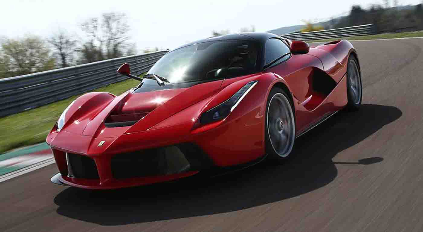 Guinness Book: Top the fastest car  Hennessey Venom GT