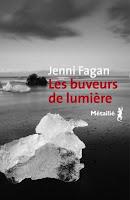 https://lachroniquedespassions.blogspot.fr/2017/08/les-buveurs-de-lumiere-de-jenni-fagan.html
