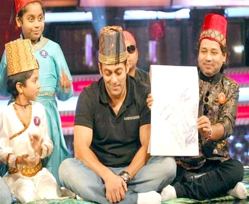 SALMAN KHAN SMITTEN BY AZMAT HUSSAIN - Dwarka Parichay