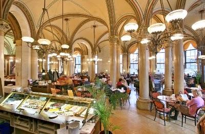 Café-Central-em-Viena-Austria