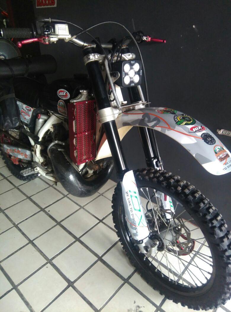 Indonesian dirt bike (idb)