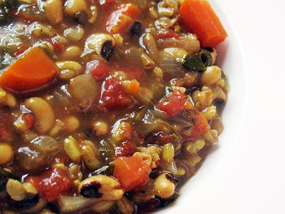 Black-Eyed Pea Soup with Tomatoes and Spices