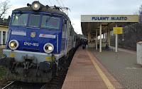 http://fotobabij.blogspot.com/2016/01/zdjecia-dworzec-kolejowy-pkp-puawy.html